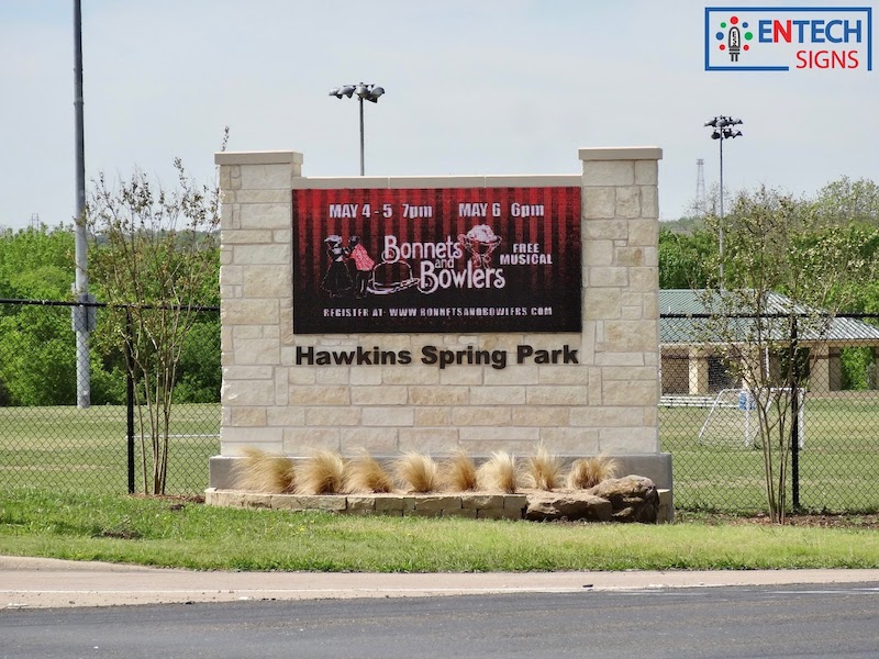 Outdoor Signs From Entech Alpha Led Specialists In Lcd