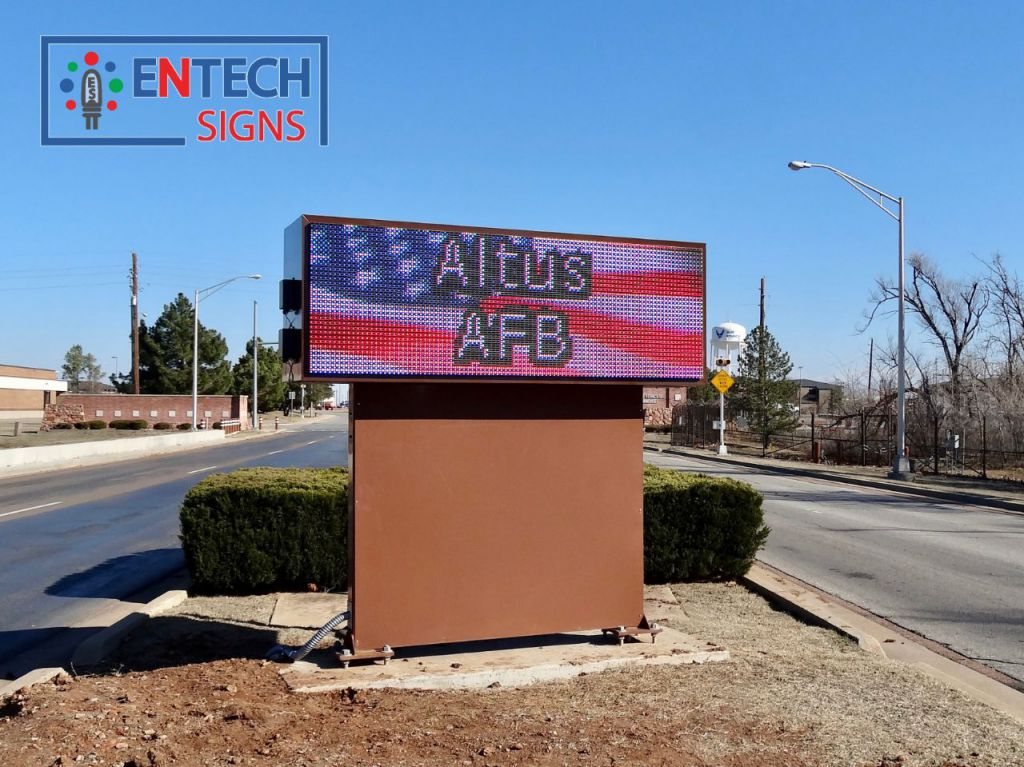 LED Signs are perfect for greeting important visitors, letting the community know of important announcements and special events, as well as being a important tool during any emergency or severe weather warning.