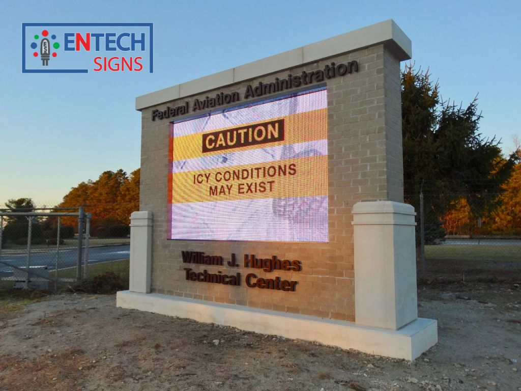 Digital Marquee Warns Drivers of Icy Conditions and Helps Keep Everyone Safe!