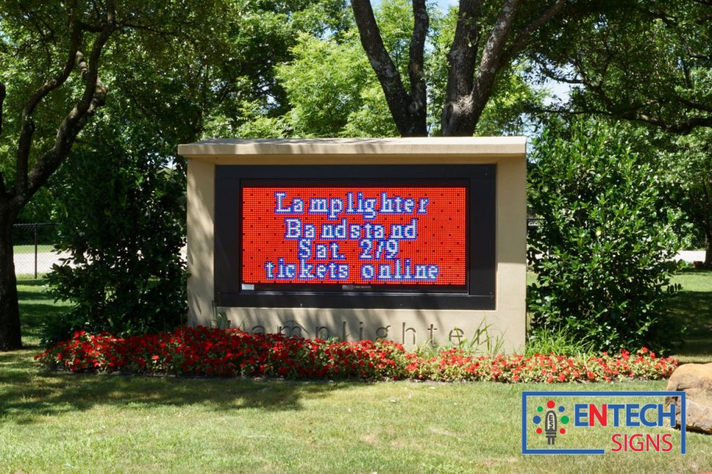 School LED Signs Makes Informing Students and Parents Easy!